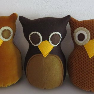 Make it Wednesday's three brown owls