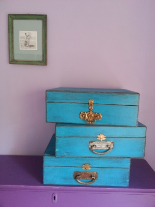 This Way Upcycle - Hinged display box